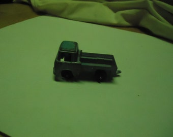 Vintage Tootsietoy Metal Toy Jeep Truck, collectable, USA