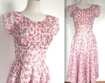 Vintage 1950's Dress // 50s Sheer Red Floral Print Day Dress // Garden Party // DIVINE