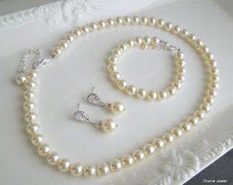Bridal Pearl Necklace Set Ivory Swarovski Pearls Bridal Classic Necklace Set Bridesmaid Necklace Bracelet Wedding Pearl Necklace Set MAUDREY
