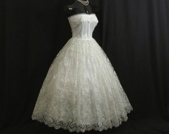 Vintage 1950's 50s STRAPLESS Bombshell Icy Blue White Silk Lace Tulle Party Prom Wedding DRESS Gown