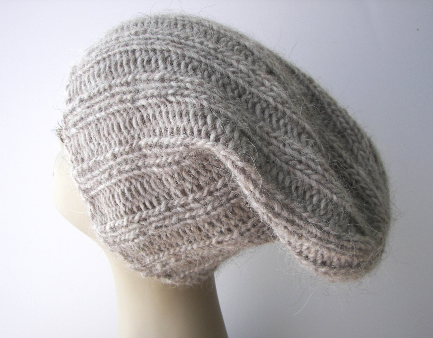 ICELANDIC WOOL Chunky Hand Knit Beanie Ski Hat in GREY Heather