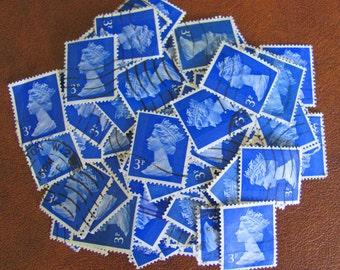 Ultramarine Queen 50 Vintage Great Britain Postage Stamps Queen Elizabeth UK British Mum England GB Scrapbooking 1970s 3p Machins Philately