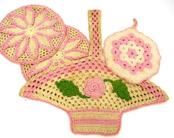 4 Vintage Crocheted Hot Pads, Pink & Cream Pot Holders, Retro, Country, Cottage Chic, Farmhouse Kitchen Decor