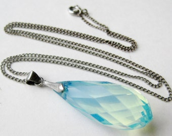 Vintage Sterling Silver Faceted Moonstone Drop Pendant Necklace