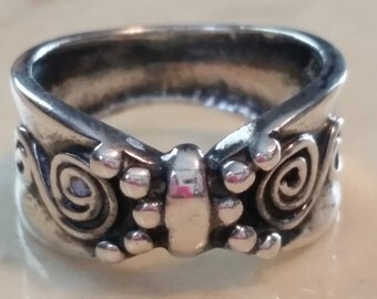 Vintage Hand Made Sterling Silver Ring 1990 Size 7 Spirals
