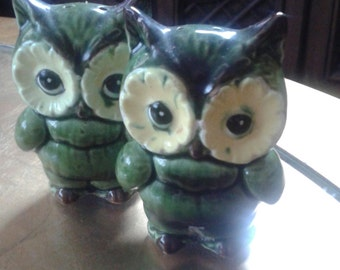 Lefton Collectable Vintage Green and Yellow Salt and Pepper Shakers
