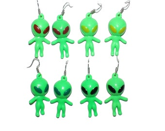 Green Alien Earrings - Cyber alien babe 90s vintage alien ufo earrings toy 90s nostalgia grunge style fashion