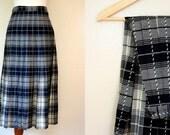 Free USA shipping! Vintage Pendleton Skirt / 80s Plaid Midi Skirt / Small