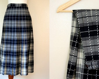 Vintage Plaid Skirt / 80s Pendleton Midi Skirt / Small / Free USA shipping!