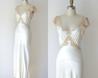 1930s Bias Cut Nightgown / 30s Fischer Lace  Bridal Gown
