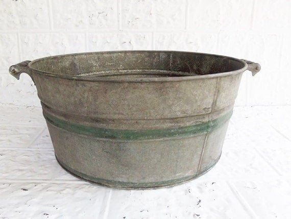 Vintage Galvanized Metal Wash Basin Farm Tub With Green Bands