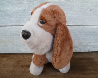 Plush Dog, Hound Dog, Basset Hound Vintage