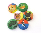 ADVICE ANIMALS Pushpin / Magnet  / Push Pins /  Fabric Covered Buttons /  Thumbtacks  / Meme / Dog / Cat / Philosoraptor / Kitty / Internet