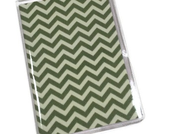 Passport Cover Green Chevron