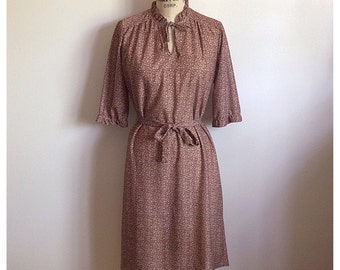 Vintage 1970s brown floral dress