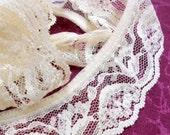 """Vintage Ivory Lace Trim, 1 1/2"""" Wide Trim, Bridal Lace, Sewing Supplies, 10 yds Lace Trim, ssup005/10"""