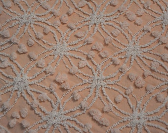 Vintage Chenille Spread - 90 x 100 Inches - Geometric Design - Pink with White - Two Different Size Tufts - NC