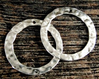 SALE 10% off 10 Hammered Sterling Silver Links - Circle Connectors - 18mm with Hole in Top -  L100a