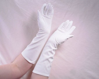 Sale 25% Off Use Coupon Code SAVE25 // Gloves Mid Arm Length White Flair w/ Outside Stitched Seams Size 6 Vintage 50s #6
