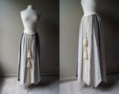 Vintage CHESSA DAVIS 70s Boho Long Grey Broom Skirt - Medium - Large - Bohemian