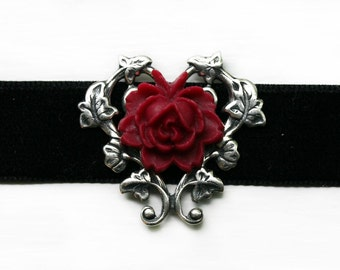 Red Rose Velvet Choker