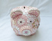 Pearl: Mosaic Piggy Bank with pink Roses