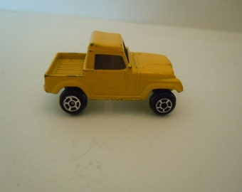 Tootsie Toy Yellow Short Bed Truck Chicago