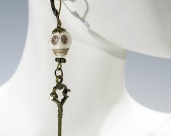 Scary Skull Dangling Earrings with Skeleton Key
