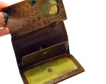 1939 Brown Leather Wallet with License Photo Ephemera