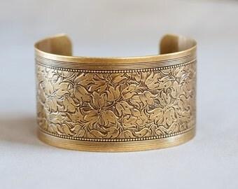 Flower Blossom Bracelet,Summer Garden,Victorian Floral Cuff,Brass Bracelet,Cuff Bracelet,Bracelet,Wedding,Bride.Mother's Day Gift