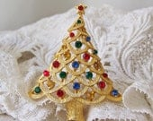 Vintage Christmas Tree Brooch Signed JJ Designer Costume Jewelry Scarf Pin Holiday Jewelry Gift For Mom Vintage 1990s