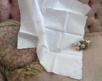 Vintage Italian Small Square Tablecloth White Linen Floral SICILIAN Drawn Thread Work NeedleLace Lace K41