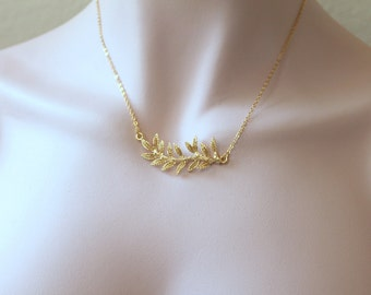 Gold Leaf Chain Necklace. Bridal, Bridesmaid Gift. Everyday, Simple Jewelry. Gold Chain Necklace.