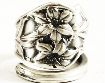 Lily Ring, Sterling Silver Spoon Ring, Tiger Lily, Stargazer Lily, Angular Ring, Flower Ring, Gift for Her, Customizable Ring Size, Gardener