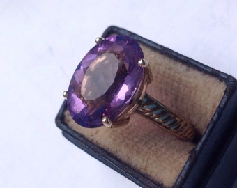 10K yellow gold Victorian Amethyst solitaire ring VJSE