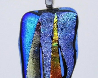 Dichroic strip Glass pendant