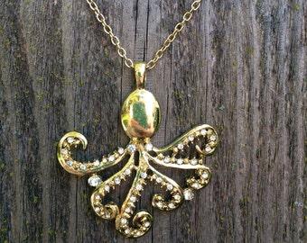 Sensational squid necklace