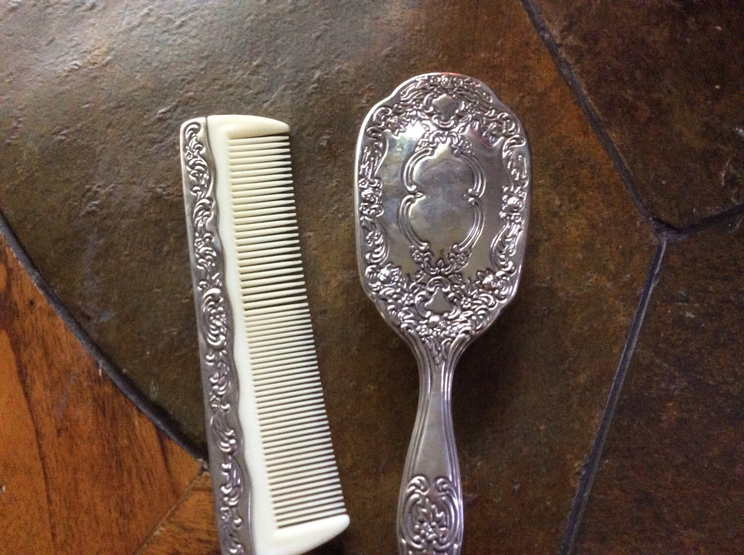 Silver Tone Brush And Comb Set Vanity Set Vintage Brush Comb