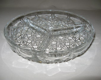 Clear Daisy & Button Candy Nut Dish 3 Sections Anchor Hocking Discontinue 1972-