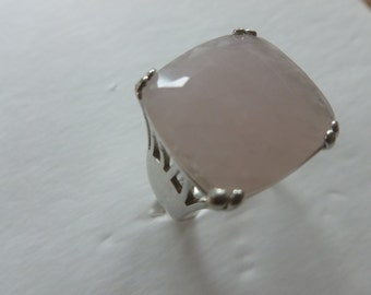 vintage ring, pink quartz in sterling, size 8