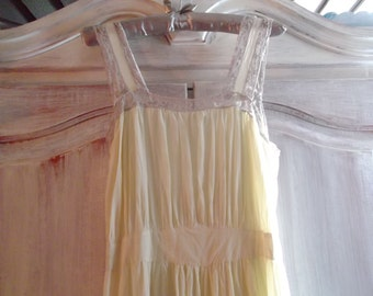 ANTIQUE NIGHTGOWN, slip dress, 193Os, LILAC lace  trim
