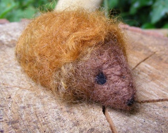 Hedgehog - Needlefelted little woolly hedgehog for Autumn season display, Waldorf nature table (Ginger)