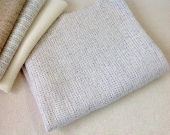 Fat Quarter Yard, Off White Textured Wool, J602