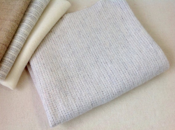 Tiny Texture White and Gray Wool Fabric, Fat Quarter Yard, J602, Off White Wool Fabric, Rug Hooking Fabric, Applique Fabric
