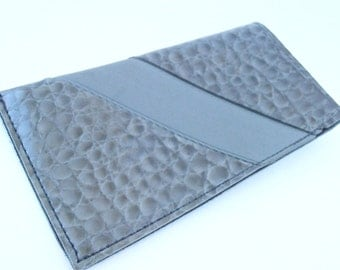 Vintage Gray Patent Mock Croc Eyeglass Soft Case Sunglass Eyewear Holder Embossed Faux Alligator Leather Textured Vinyl Villacollezione
