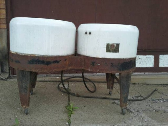 Vintage Or Antique Enamel Porcelain Double Tub Wash Basin