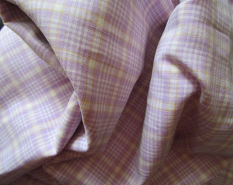 Yardage Vintage French Lilac Lavender Yellow and White Plaid Check Gingham Suitable for Patchwork Quilting Lavender Bags Feedsack Pillow