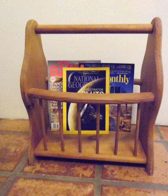 Throw Pillow Display Rack : Wood Magazine Rack Holder Cottage Decor