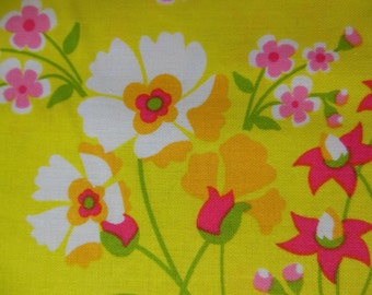 SPRING FLOWER GARDEN * Floral * Little Pink Flowers * Flower Garden Fabric
