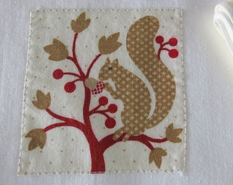 2 Muslin Kitchen Dishtowels Woodland Squirrel Appliques 233a